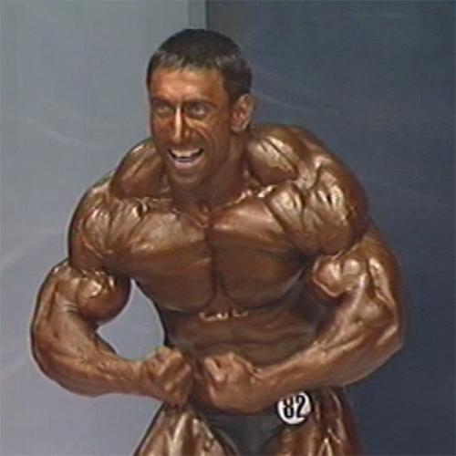 Видео: Рустам Джабраилов (Чечня) - чемпион мира по бодибилдингу - 2004