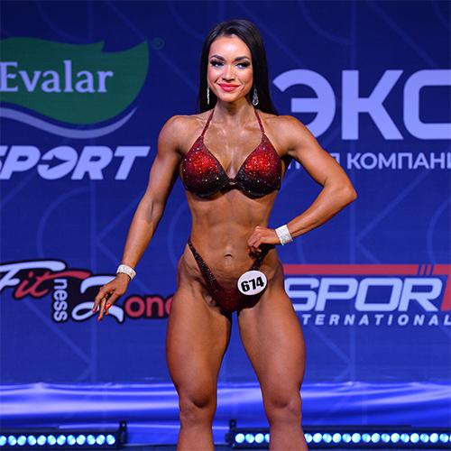 Велнес-фитнес абсолютная категория - Кубок России по бодибилдингу - 2021 (Самсон-49)