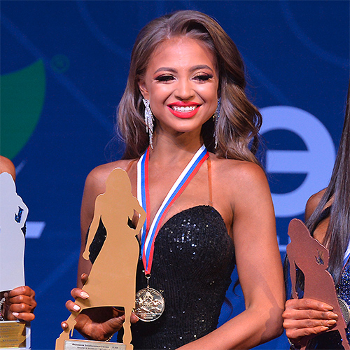 Видео: Fitmodels 168 см - Кубок России по бодибилдингу - 2021