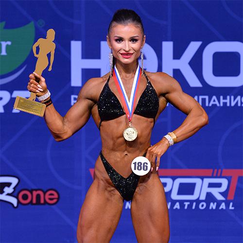 Видео: Bodyfitness 163 см - Кубок России по бодибилдингу - 2021