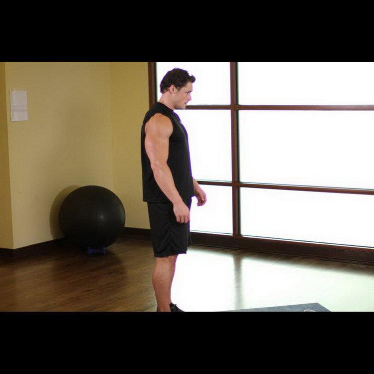 Растяжка грудных мышц отведением плеч