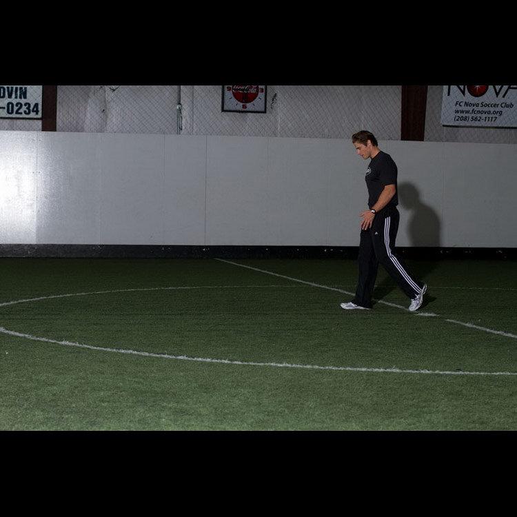 Серия движений ногами