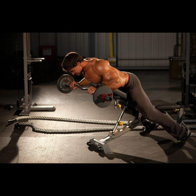 Анти-гравити со штангой на мышцы пресса