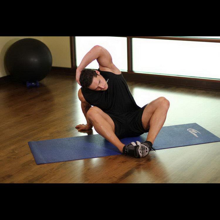 Растягивание мышц пресса сидя на полу